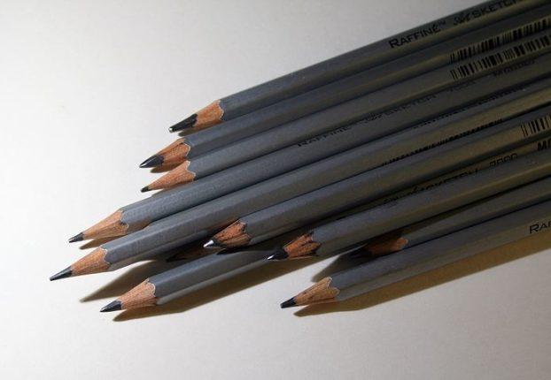 В чем отличие твёрдых и мягких карандашей и какими пользоваться